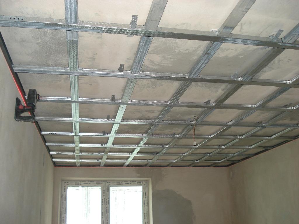 монтаж гипсокартона на потолок цена за м2